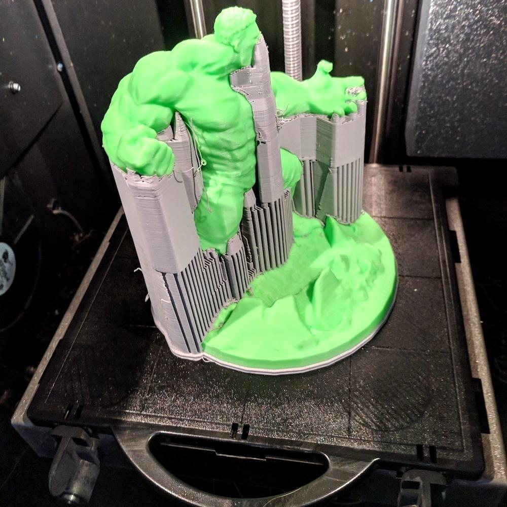 Hulk Printed on stratasys Dimension in ABS_clipped_rev_1